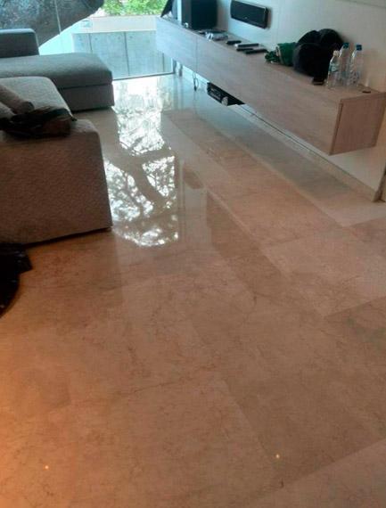 Pulido de suelos de marmol